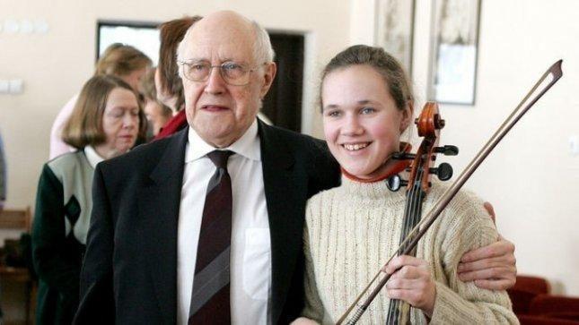 Gabius vaikus remiantis M. Rostropovičiaus fondas švenčia jubiliejų