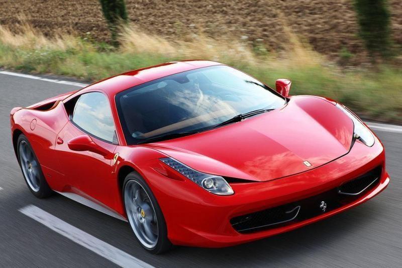 """Kad ir kiek kainuos naujasis """"Ferrari"""", visi automobiliai jau užsakyti"""