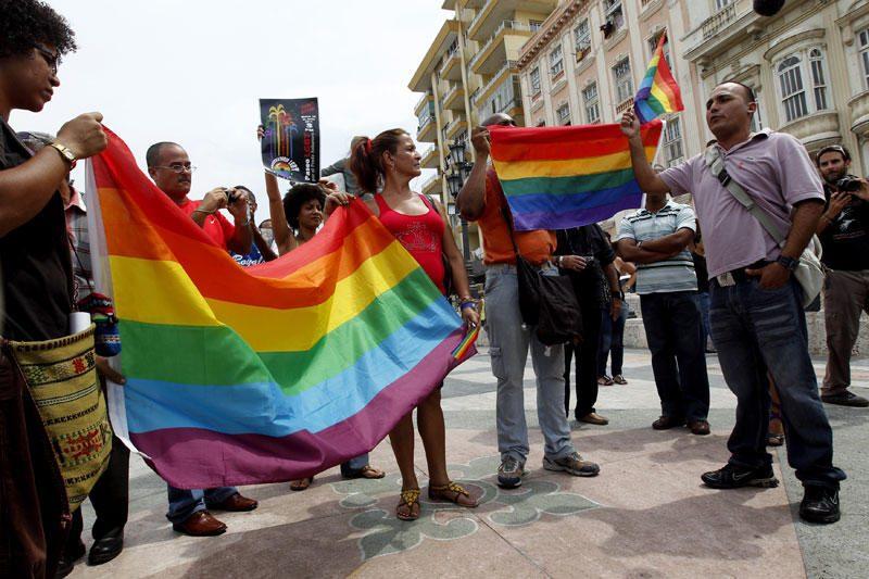 """Sankt Peterburge už """"homoseksualumo propagavimą"""" nuteistas aktyvistas"""