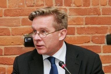 A.Ažubalis