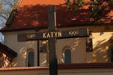 Rusija neigia Katynės žudynes