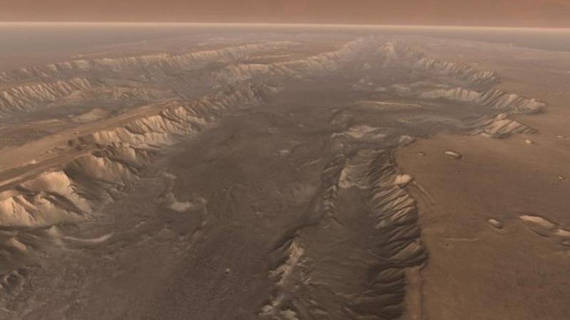 Marso, kaip ir Žemės, paviršius sudarytas iš slenkančių plokščių