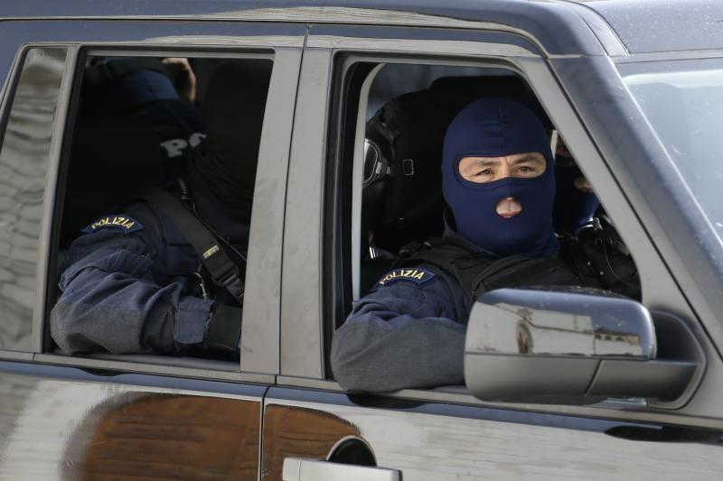 Sicilijoje rasti dviejų sudegintų įtariamų mafijos narių palaikai