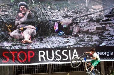 Daugelis lenkų remia sankcijas Rusijai