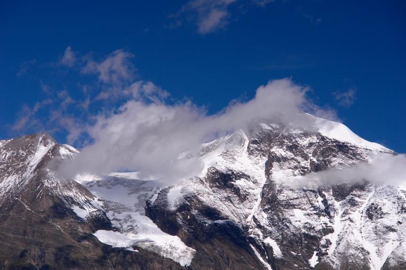 Prancūzijos Alpėse sudužus privačiam lėktuvui žuvo du žmonės