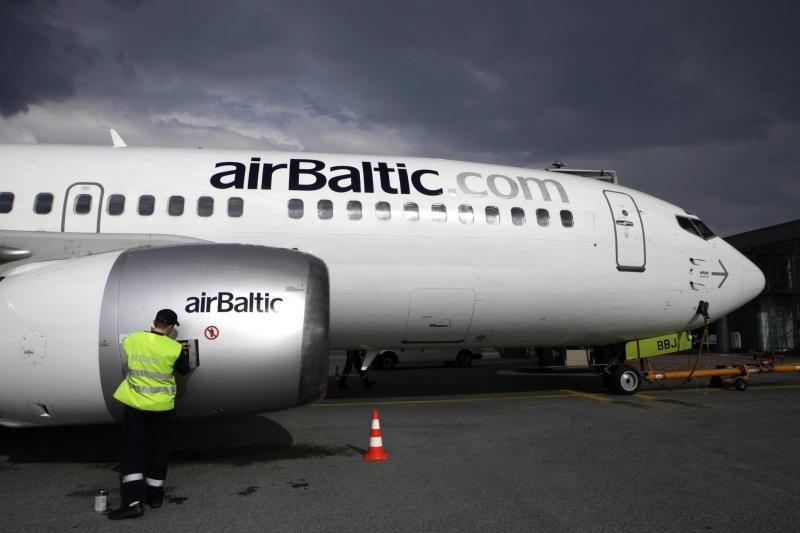 """""""airBaltic"""" bendradarbiaus su """"airberlin"""""""