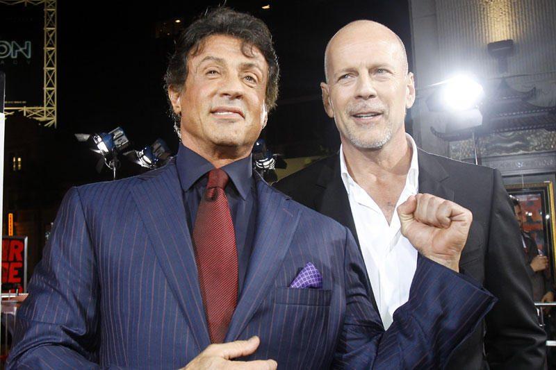 """S.Stallone nebeplanuoja """"švelninti"""" filmo """"Nesunaikinami"""" tęsinio"""