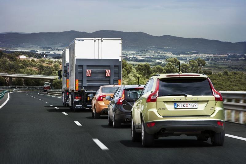 Ispanijos keliais riedėjo pirmoji nevairuojamų automobilių kolona