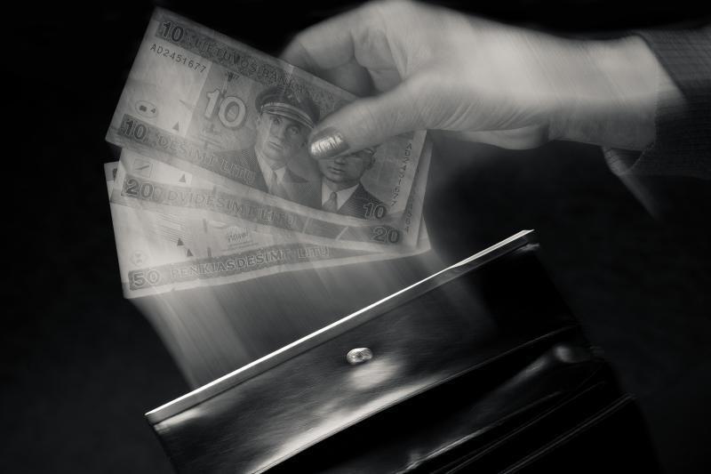 Ukmergiškė kyšį teisėjai – 50 litų – atsiuntė paštu