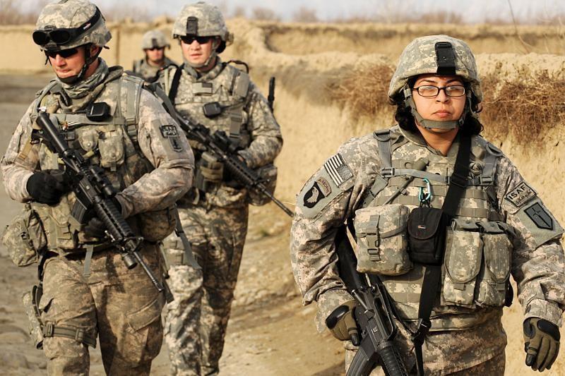 Afganistano armijos karys nukovė du NATO karius