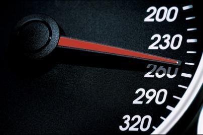 Rusai greičio rekordų siekia užsienyje