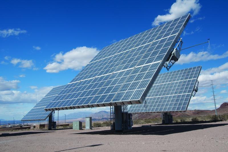 Skatina statyti stambias saulės jėgaines