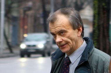 Garsiausias Lietuvos pedofilas siekia prisiteisti daugiau kaip milijoną