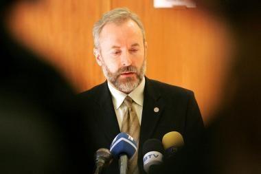 J.Razma regi premjerą Seimo Biudžeto ir finansų komitete