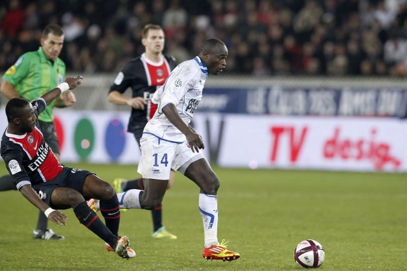 Prancūzijoje pirmaujančios komandos barstė taškus