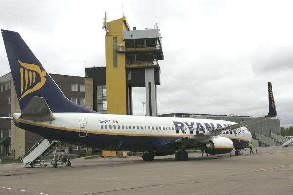 Kauno oro uoste sulaikytas alytiškis, skrydžio metu veržęsis į piloto kabiną