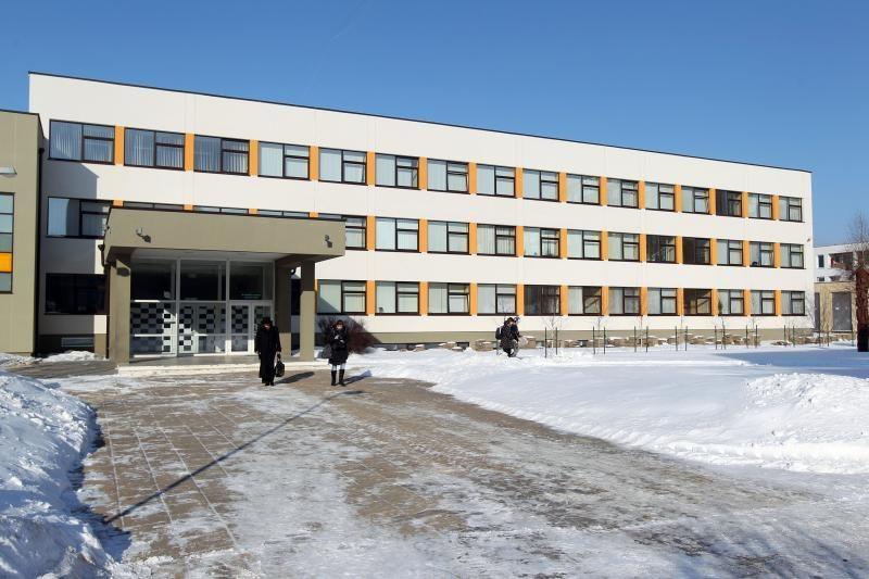 Mykolo Biržiškos gimnazijoje vietiniai sudaro mažumą