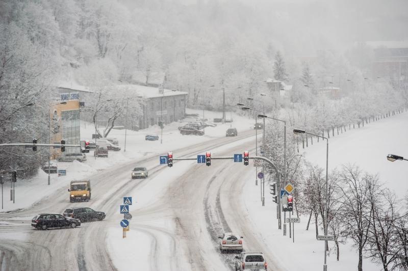 Sąskaita už Kauno gatvių priežiūrą žiemą – rekordinė
