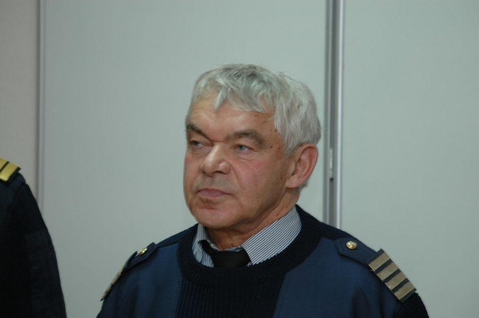 """Laivybos priežiūros """"kapitonas"""" J.Sūris palieka pareigas"""
