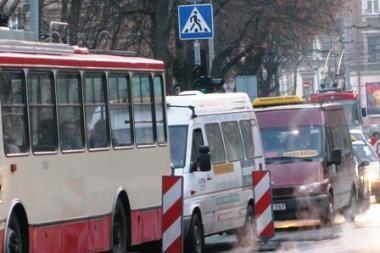 Panevėžyje mikroautobusai veža pigiau nei autobusai