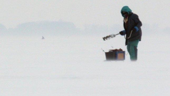 Panevėžiui dūstančios žuvys nerūpi, bet ir žvejoti draudžiama
