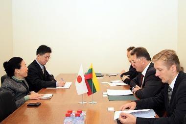 Plės bendradarbiavimą su Japonija transporto srityje