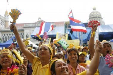 Tailando KT uždraudė valdančiąją partiją