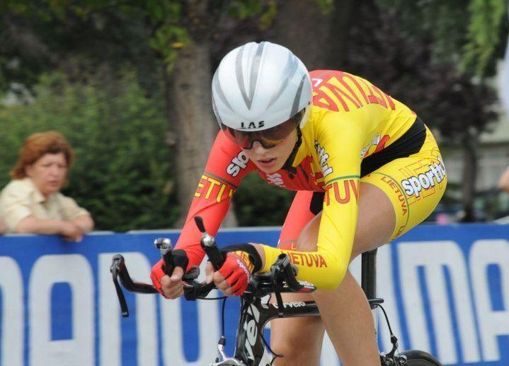 Suburta pirmoji profesionali Baltijos šalių dviračių kroso komanda
