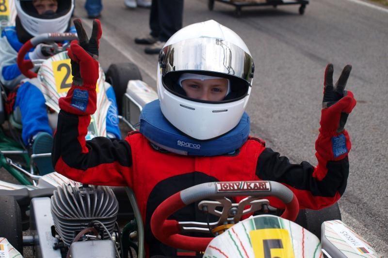 """BMW """"Formulės Mini"""" kvalifikacijoje nugalėjo Markas Bukinas"""