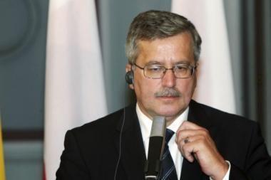 Lenkija sveikina Rusiją pasmerkusią Stalino įsakytas lenkų karininkų žudynes Katynėje