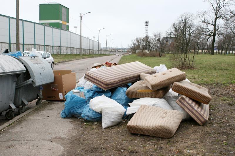Stambioms ir pavojingoms atliekoms – specialios aikštelės
