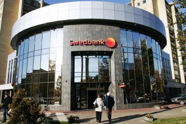 """""""Swedbank"""" banko grupė Lietuvoje patyrė per 1 mlrd. litų nuostolių"""