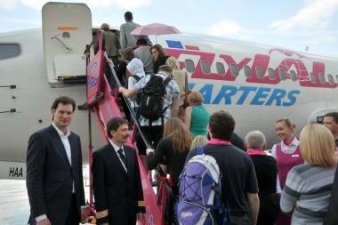 Lietuviai pradėjo skraidinti lenkų turistus