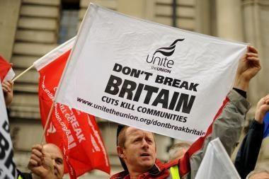 Britanijoje bedarbiams bus uždrausta sėdėti be darbo