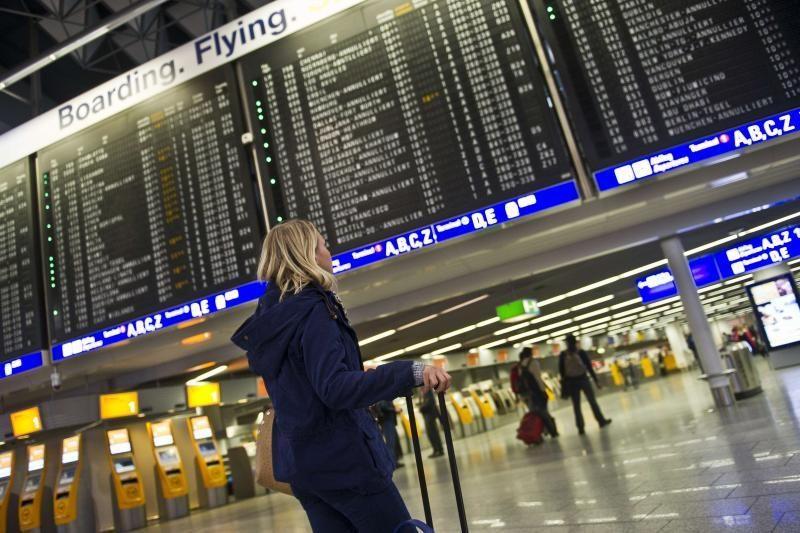 Frankfurto oro uostas uždarytas. Kaltas sniegas
