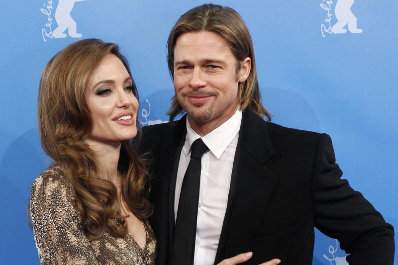 Bradas Pittas paneigė gandus apie vestuves rugpjūtį