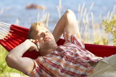 Lietuvos gyventojai: ilgas naudojimasis mobiliuoju telefonu gali sukelti vėžį