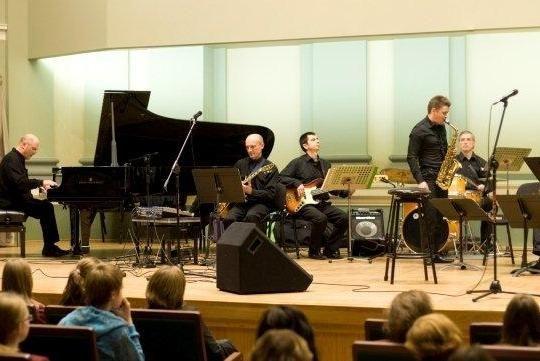 Kauno bigbendo koncerte – 20 metų džiazo keliu lydėję bičiuliai