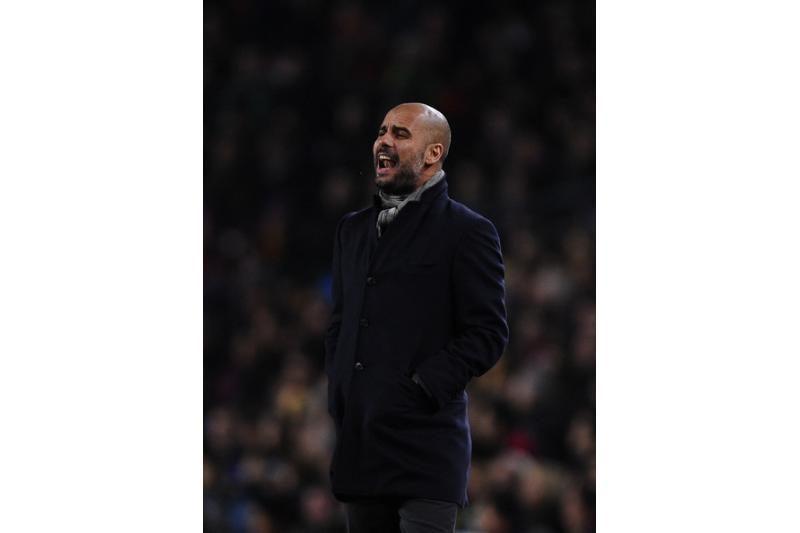 """R.Abramovičius """"Chelsea"""" vairą siūlys J.Guardiolai"""