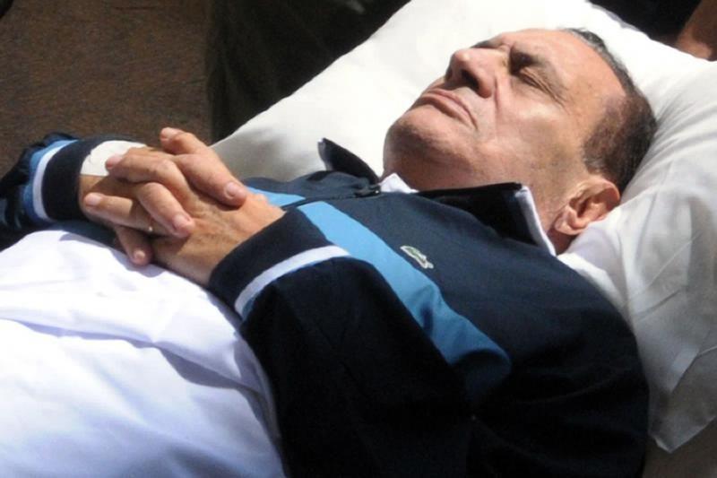 Buvęs Egipto prezidentas H.Mubarakas po insulto yra komos būsenos