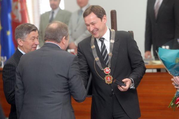 Etikos sargai svarstys Vilniaus vadovų interesus
