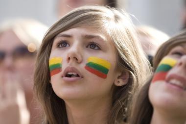 Rusijoje sumažėjo laikančiųjų Lietuvą priešiškiausia šalimi - apklausa