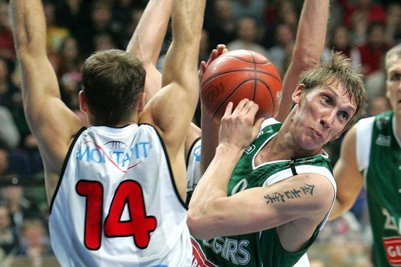 Ukrainos vyrų krepšinio superlygos komandai D. Šalenga pelnė 13 taškų
