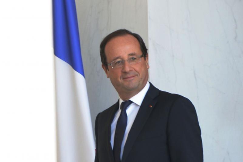 """F. Hollande'as gali pasisakyti už """"naujas sankcijas"""" Teheranui"""