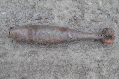 Prie šiukšlių konteinerio rasta minosvaidžio mina