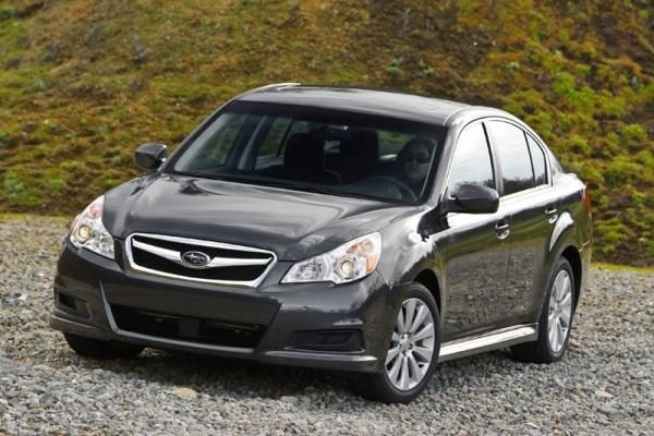 """""""Metų automobiliu 2010"""" išrinktas """"Subaru Legacy"""""""