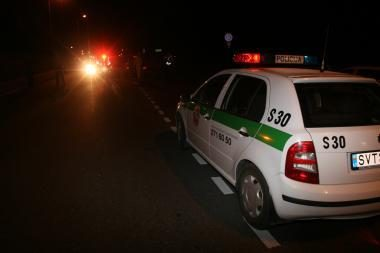 Automobilius padegusiems vilniečiams nepavyko pasprukti nuo policijos