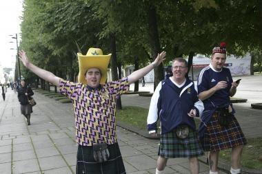 Kauną užplūdo škotų sirgaliai (papildyta)