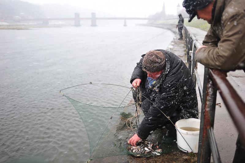 Žiemišką   žvejybą   puošia   azartas