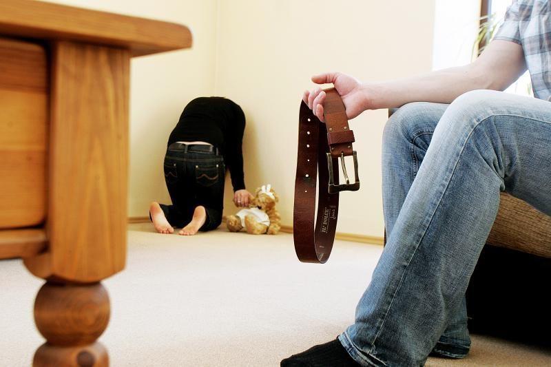 Specialistai: dauguma smurtą patyrusių vaikų to neatskleidžia
